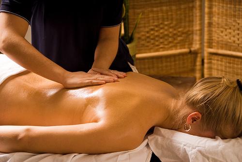 Лимфодренажный массаж спины видео