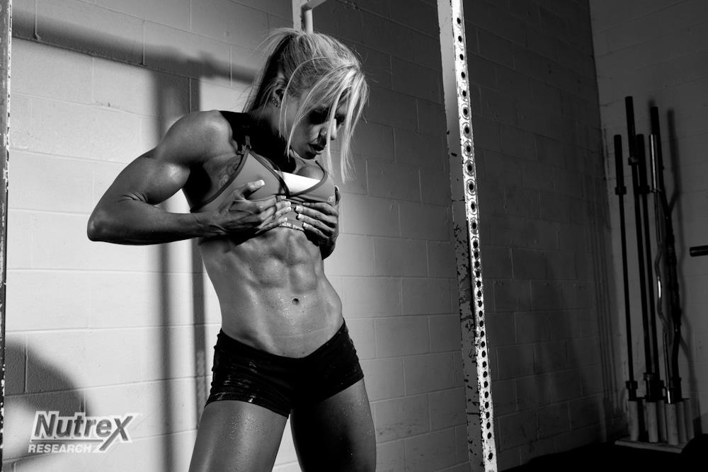 Exclusive Interview with Larissa Reis (Strong-Athlete.com)